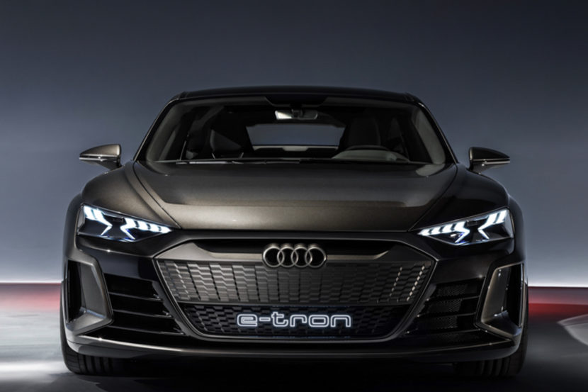 Audi e tron GT vs BMW i Vision Dynamics 2 830x553