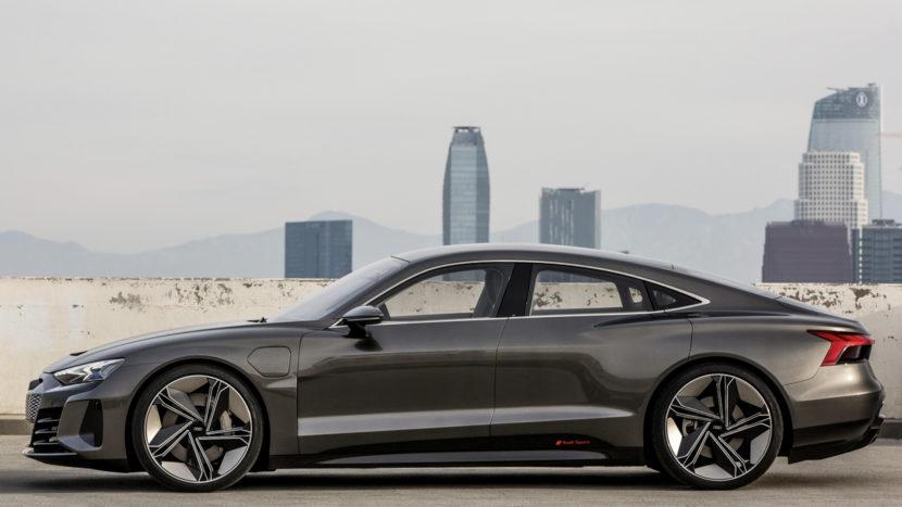 Audi e tron GT vs BMW i Vision Dynamics 4 830x467