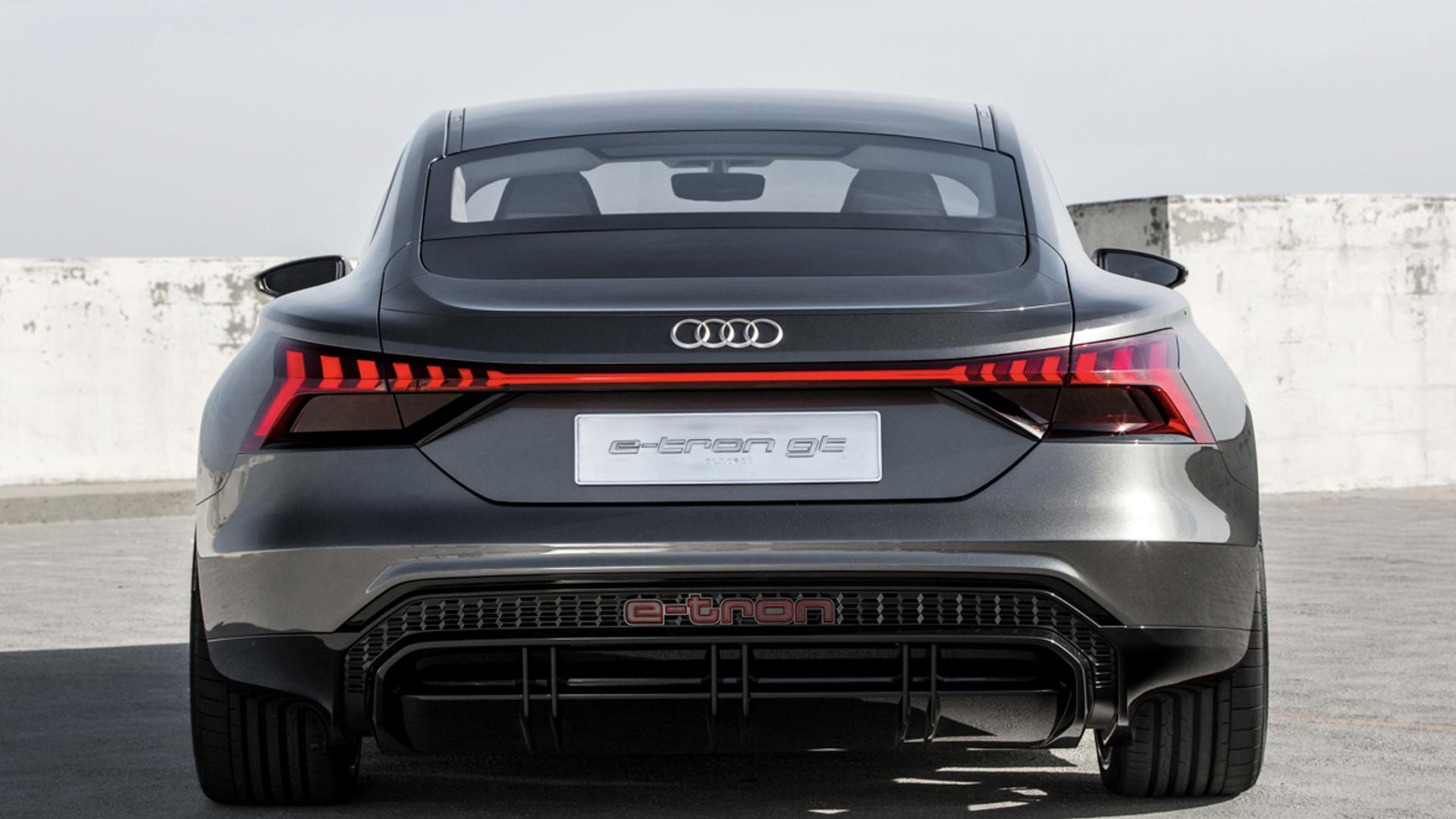 Photo Comparison Audi E Tron Gt Concept Vs Bmw I Vision Dynamics
