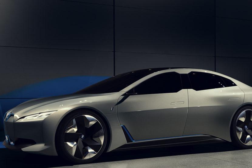 Audi e tron GT vs BMW i Vision Dynamics 8 830x553