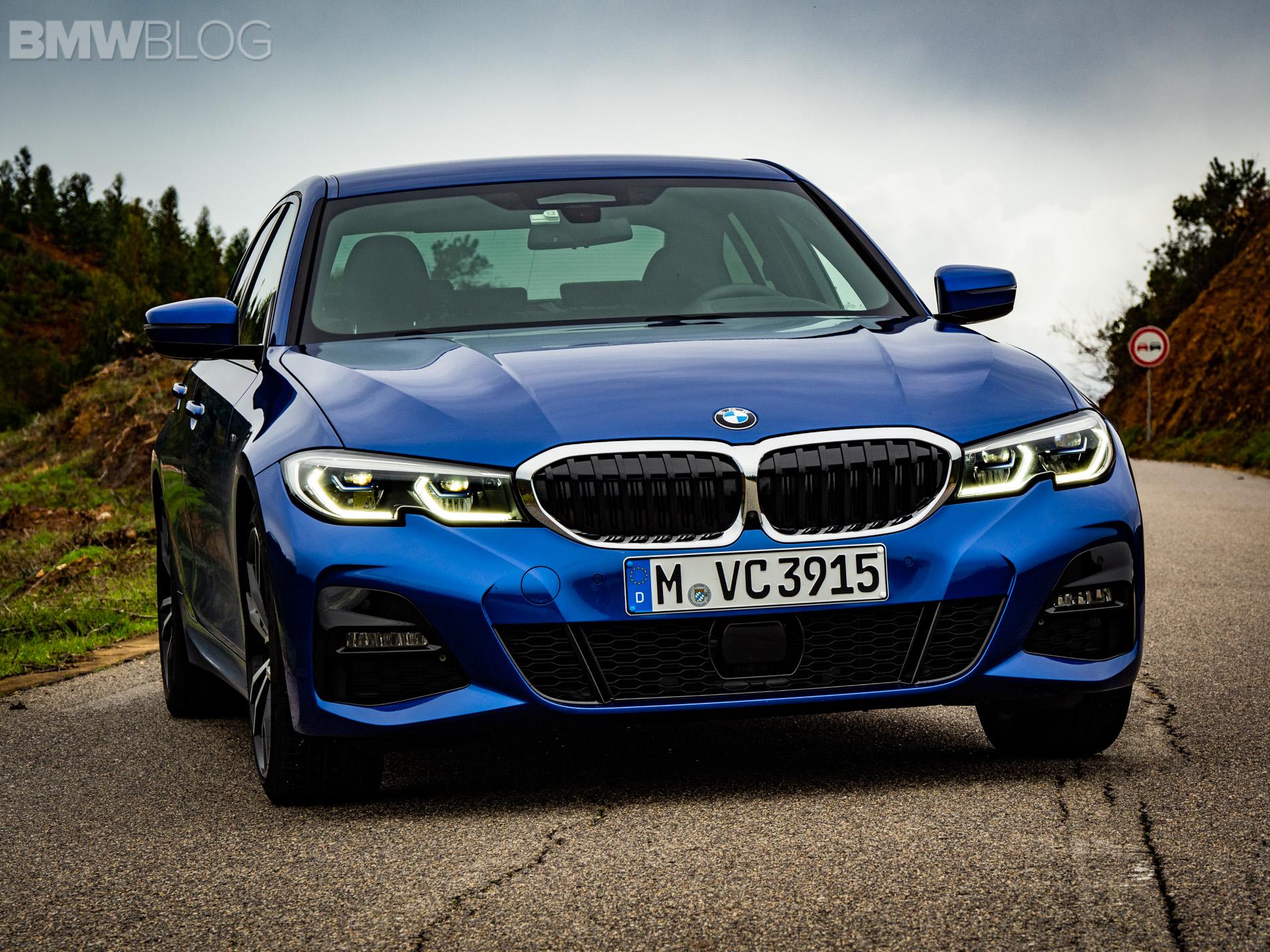 BMW 330i Portimao Blue images 1