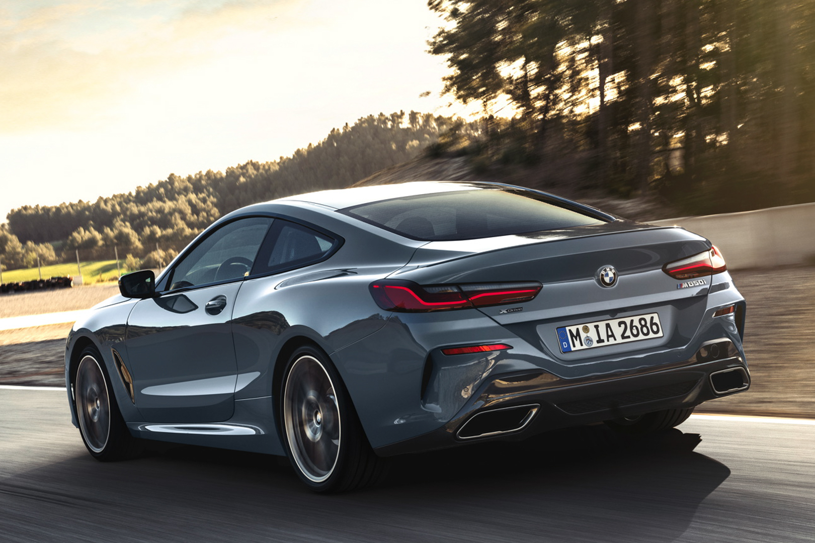 BMW 8 Series Comparison 2 of 5