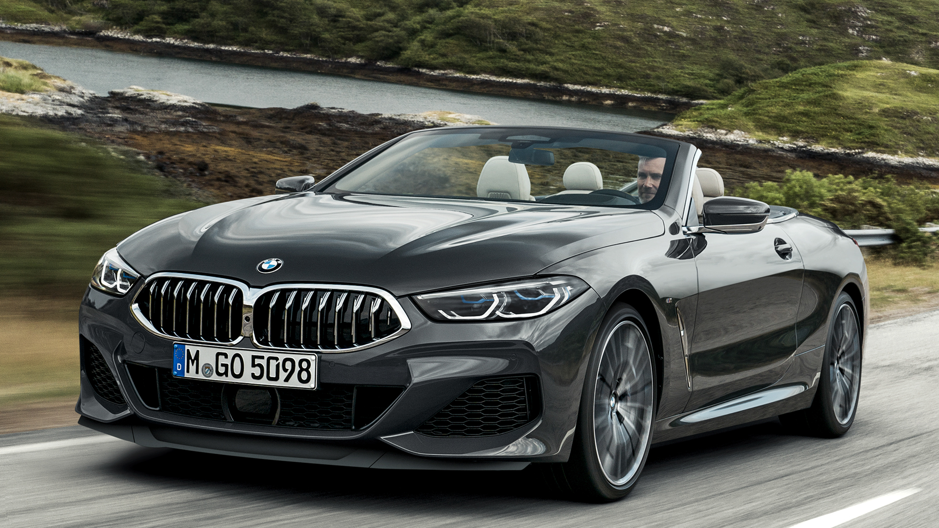 BMW 8 Series Convertible 7