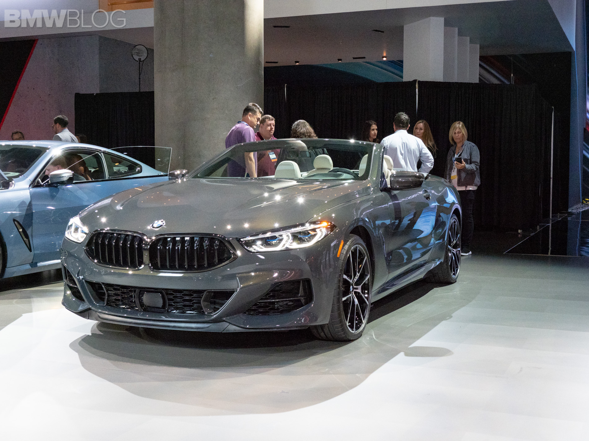 BMW 8 series convertible debut LA auto show 2
