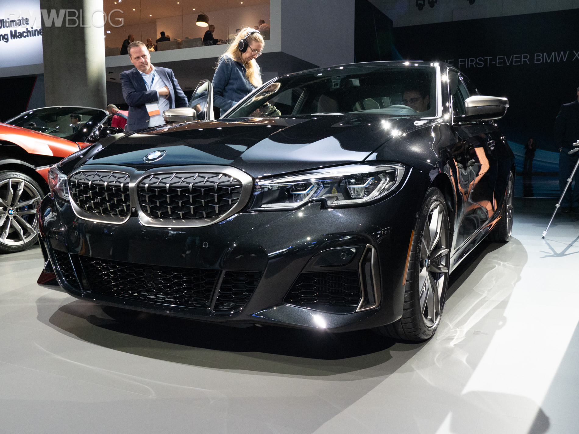 BMW M340i debut LA auto show 7