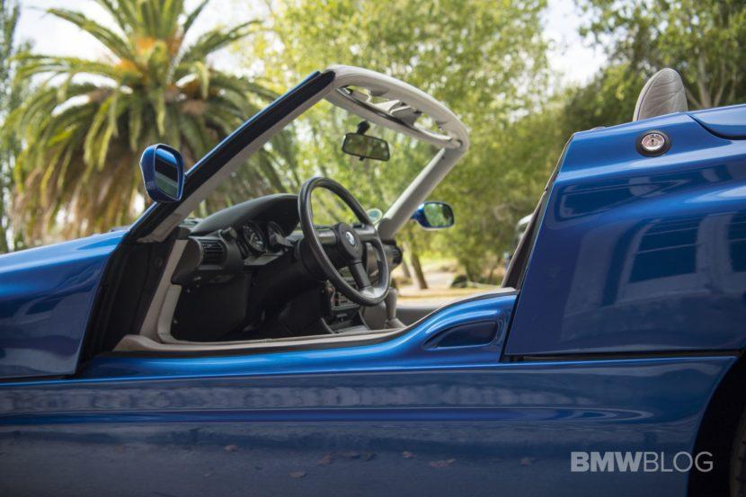 BMW Z1 blue images 24 830x553