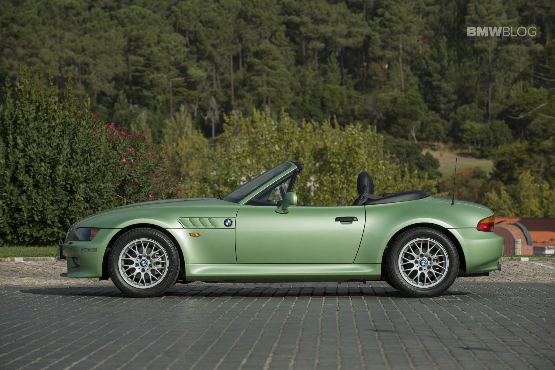 Stunning Bmw Z3 Roadster In Palmetto Green