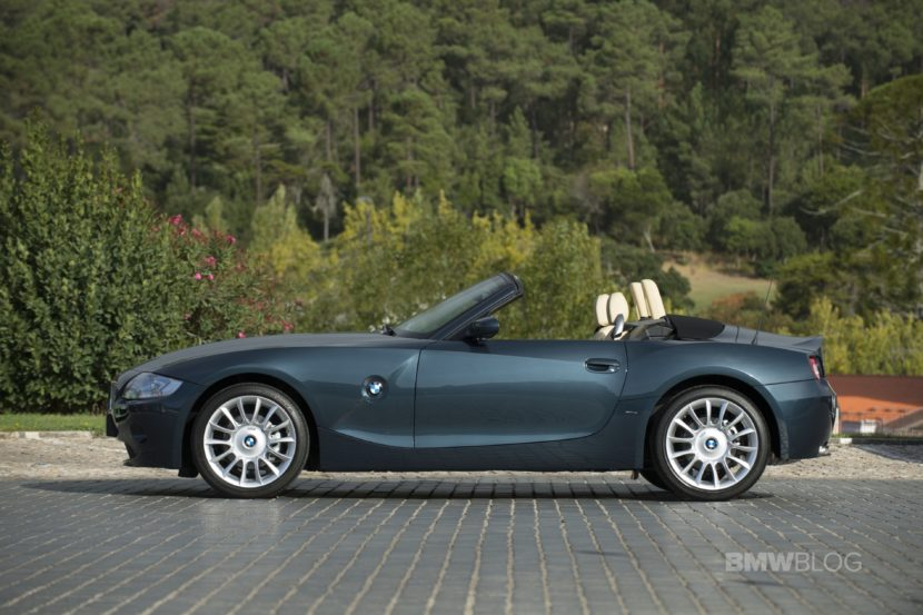 BMW Z4 E85 photos 16 830x553