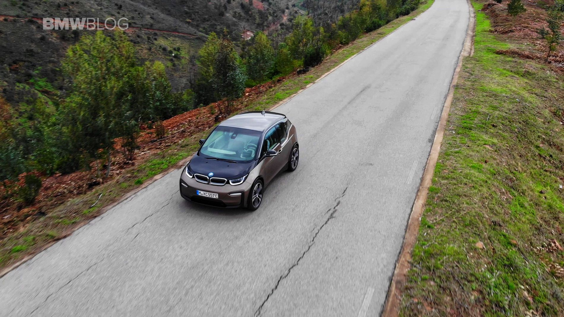 BMW i3 drone 17