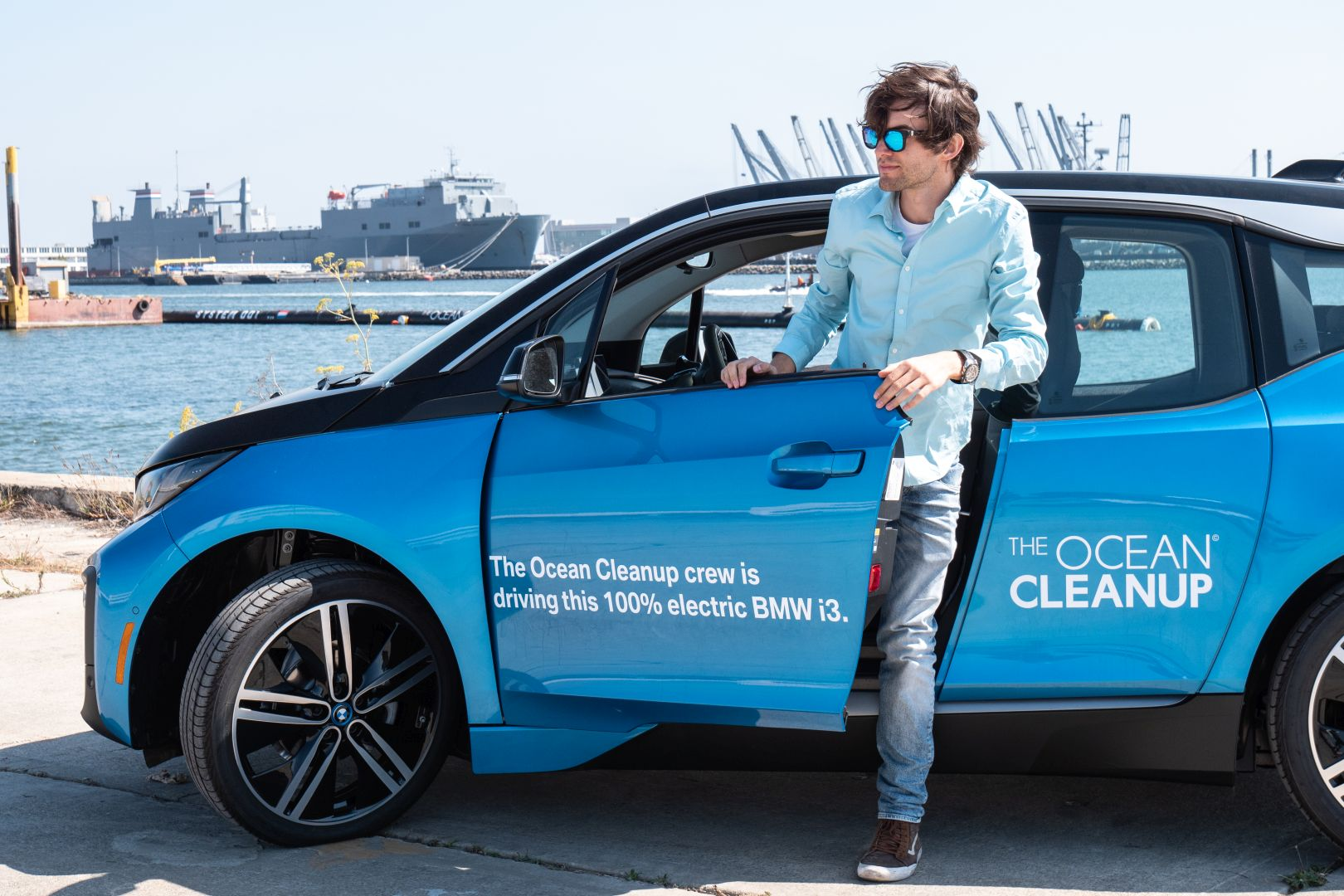 BMW i3 for The Ocean Cleanup Initiative 10