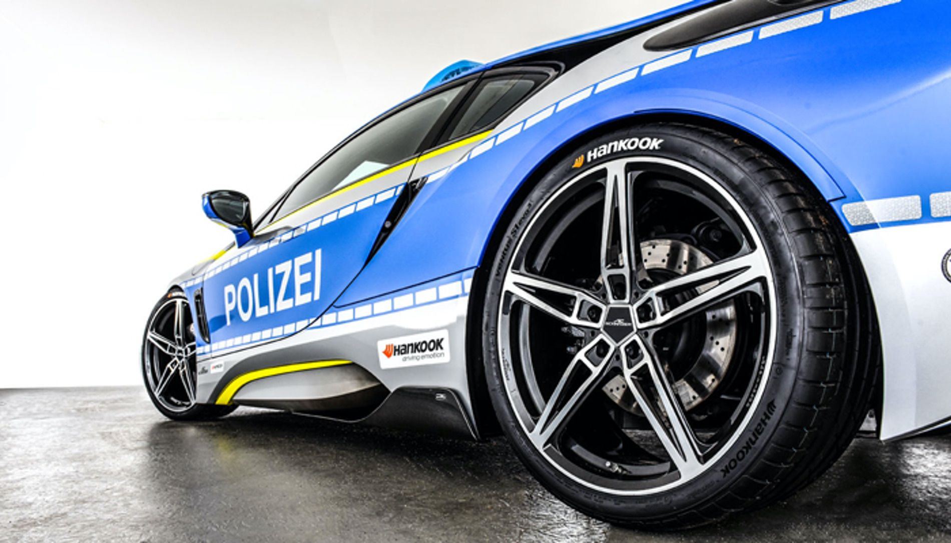 Coolest Police Car In 2018 Welcome The Ac Schnitzer Bmw I8 Polizei