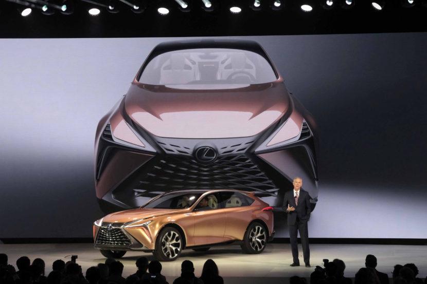 Lexus LF1 Reveal Jeff Bracken 2018 NAIAS E8C141CB5F294F2C5A35FF5A222A57F871B7E049 830x553