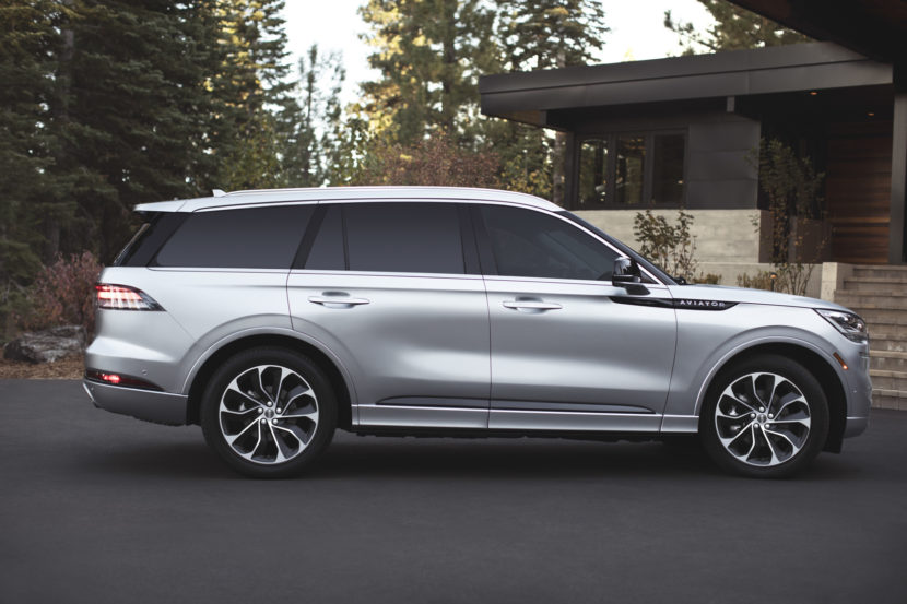 Lincoln Aviator 3 830x553