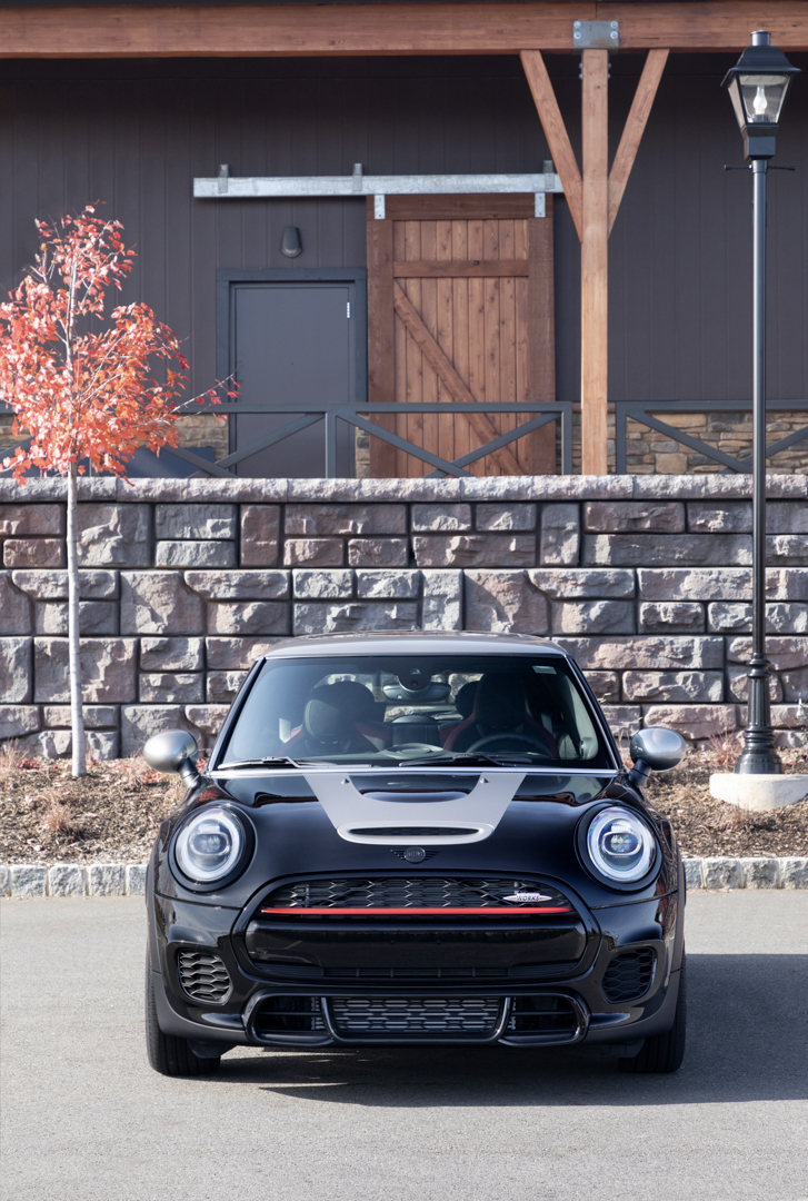 Mini Jcw Knights Edition To Headline Four La Auto Show Debuts