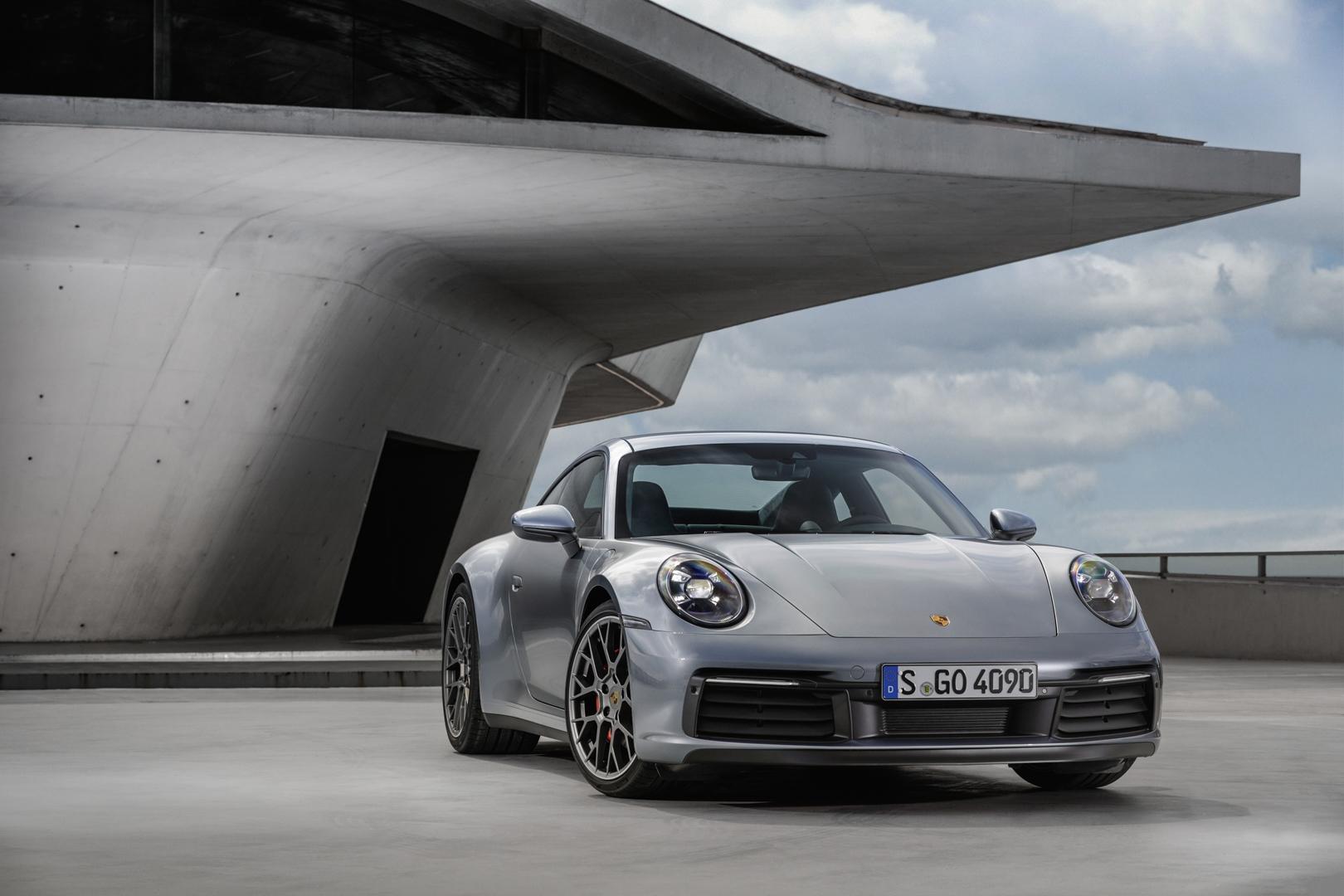Porsche 911 992 5