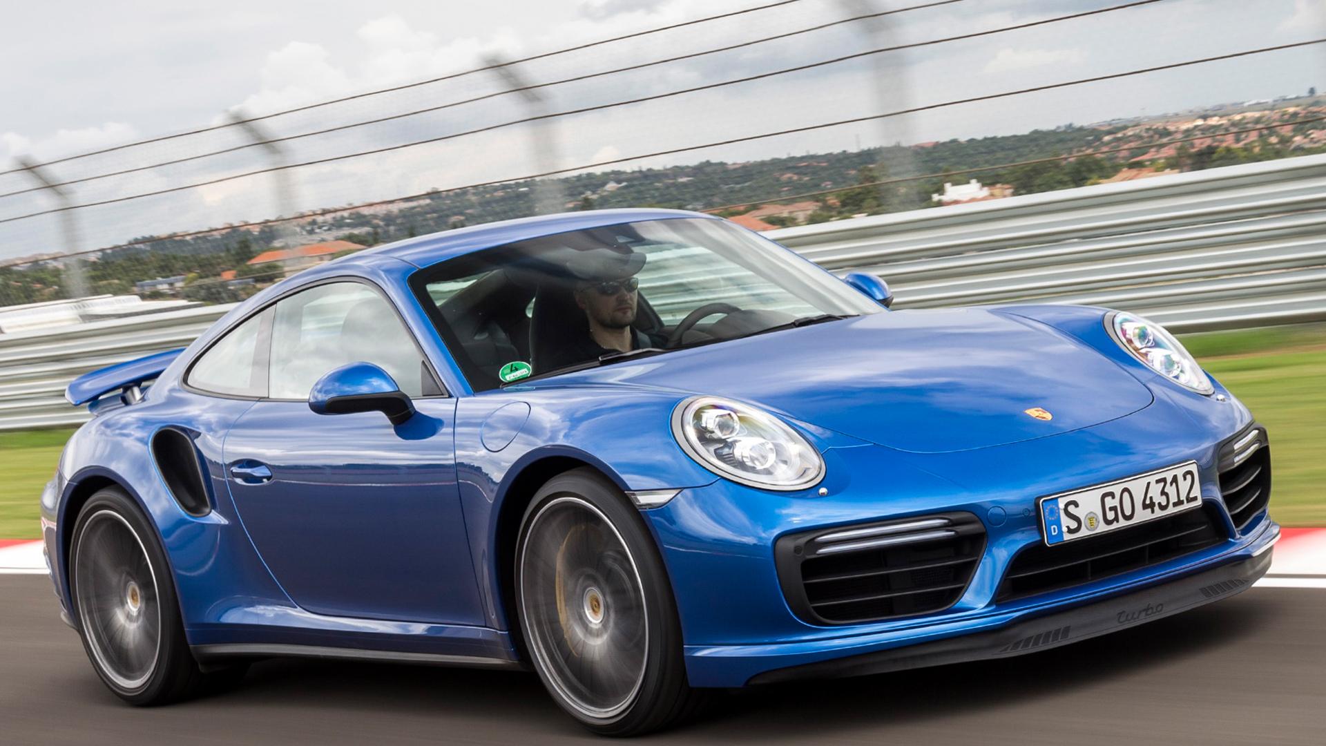 Porsche 911 Turbo 3 of 5