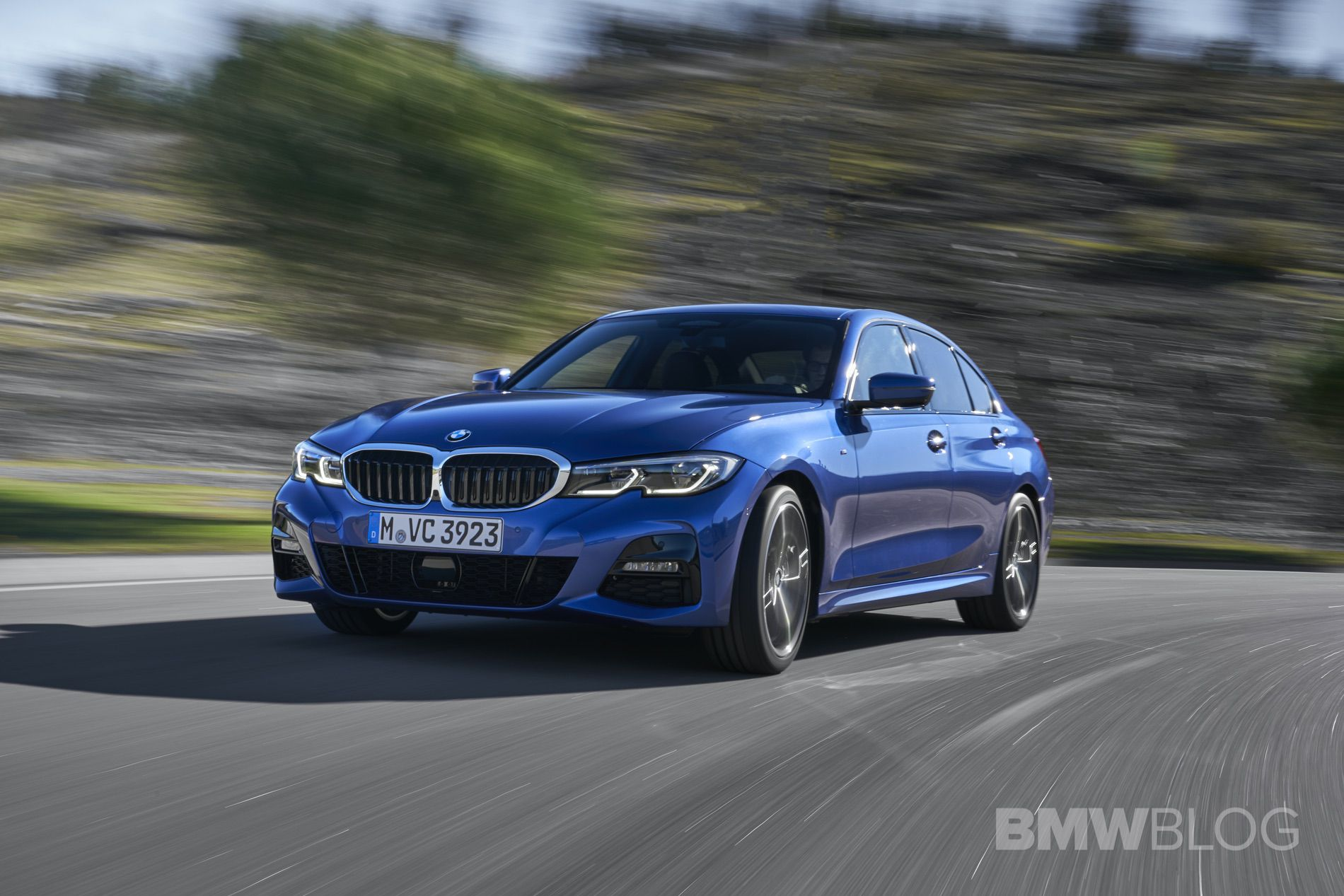2019 BMW 330 G20 test drive 37