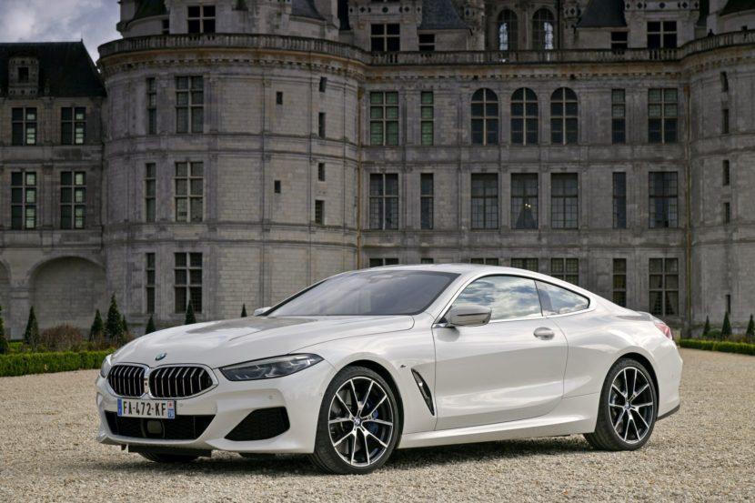 BMW 840d xDrive Mineral White 12 830x553