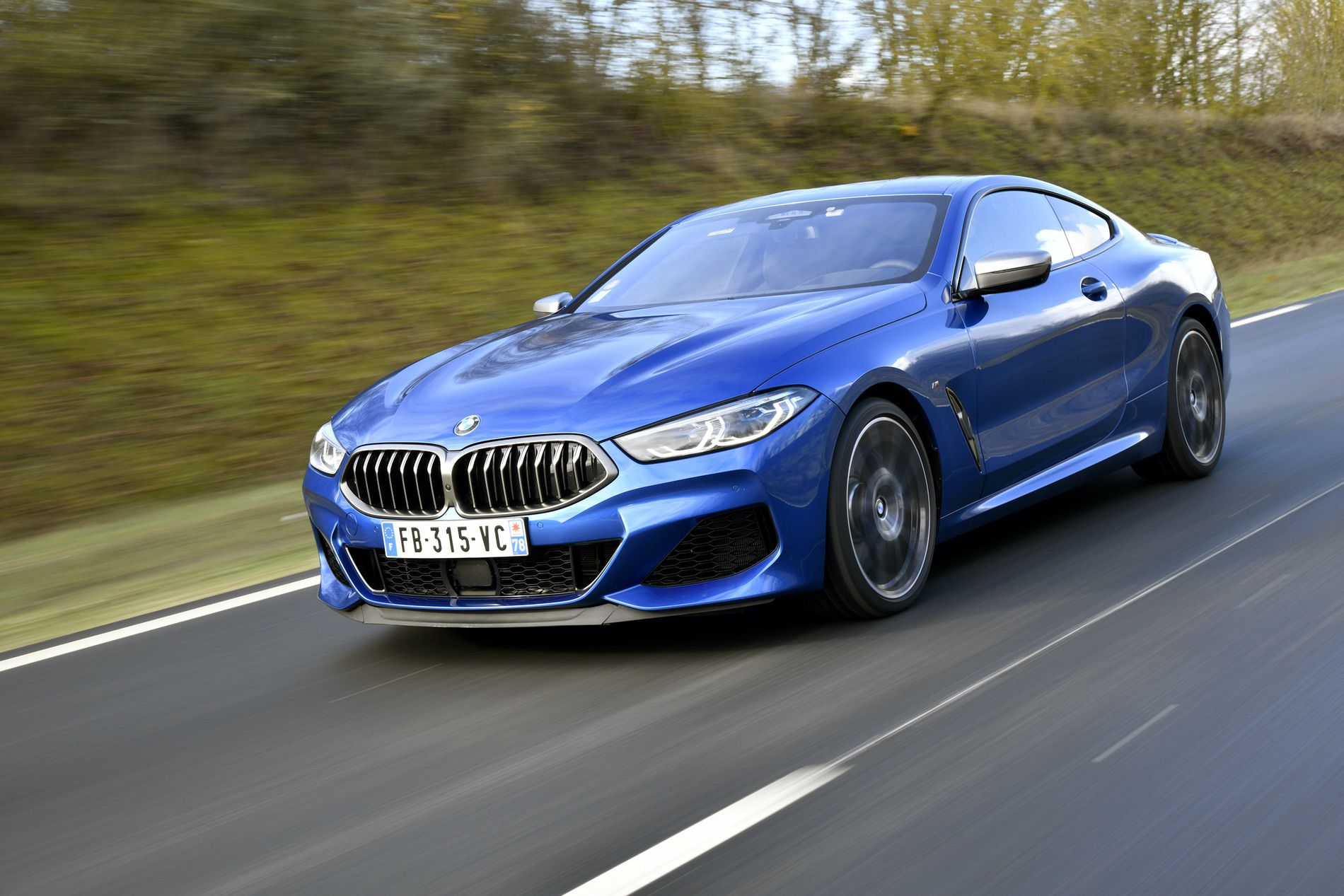 bmw m850i xdrive coupe in sonic blue. Black Bedroom Furniture Sets. Home Design Ideas