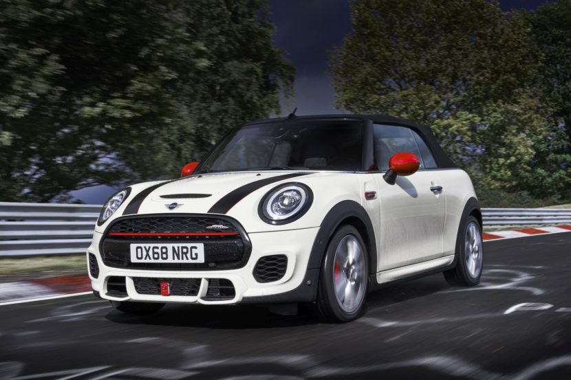 MINI JCW Facelift 26 830x553