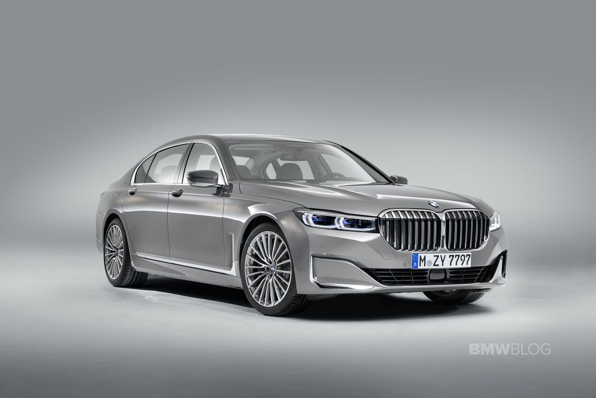 2019 BMW 7 Series Facelift exterior 01
