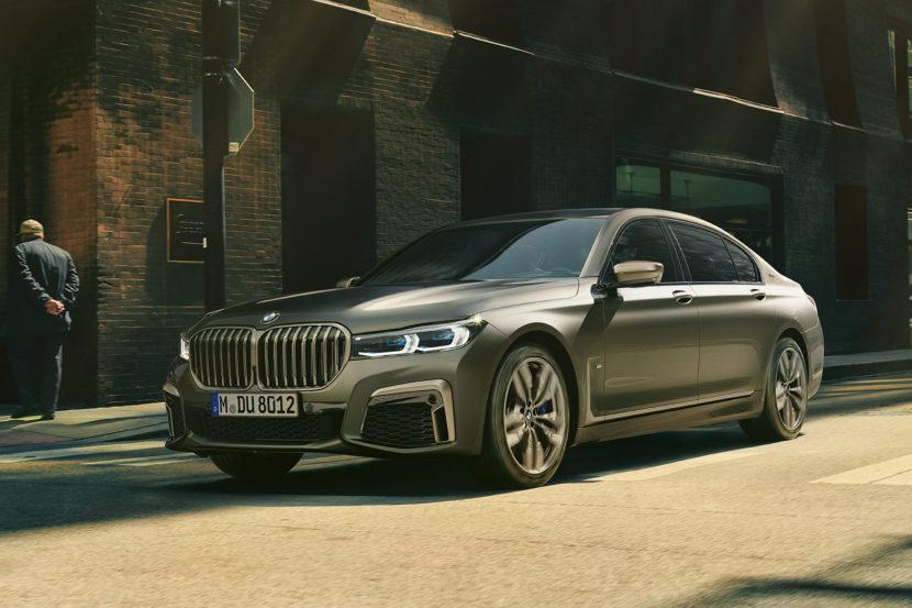 2019 BMW M760Li wallppaper 3 830x553