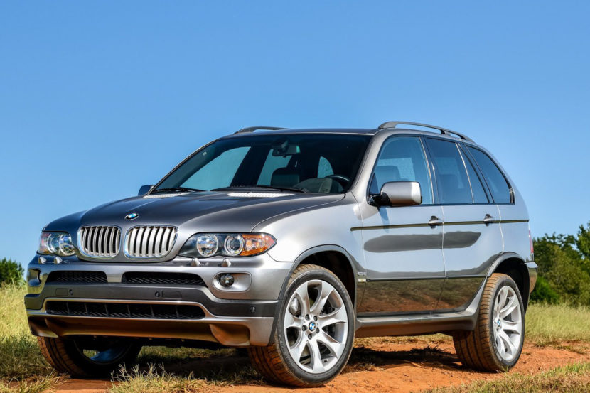 2019 BMW X5 xDrive40i E53 X5 Comparison 2 of 2 830x553