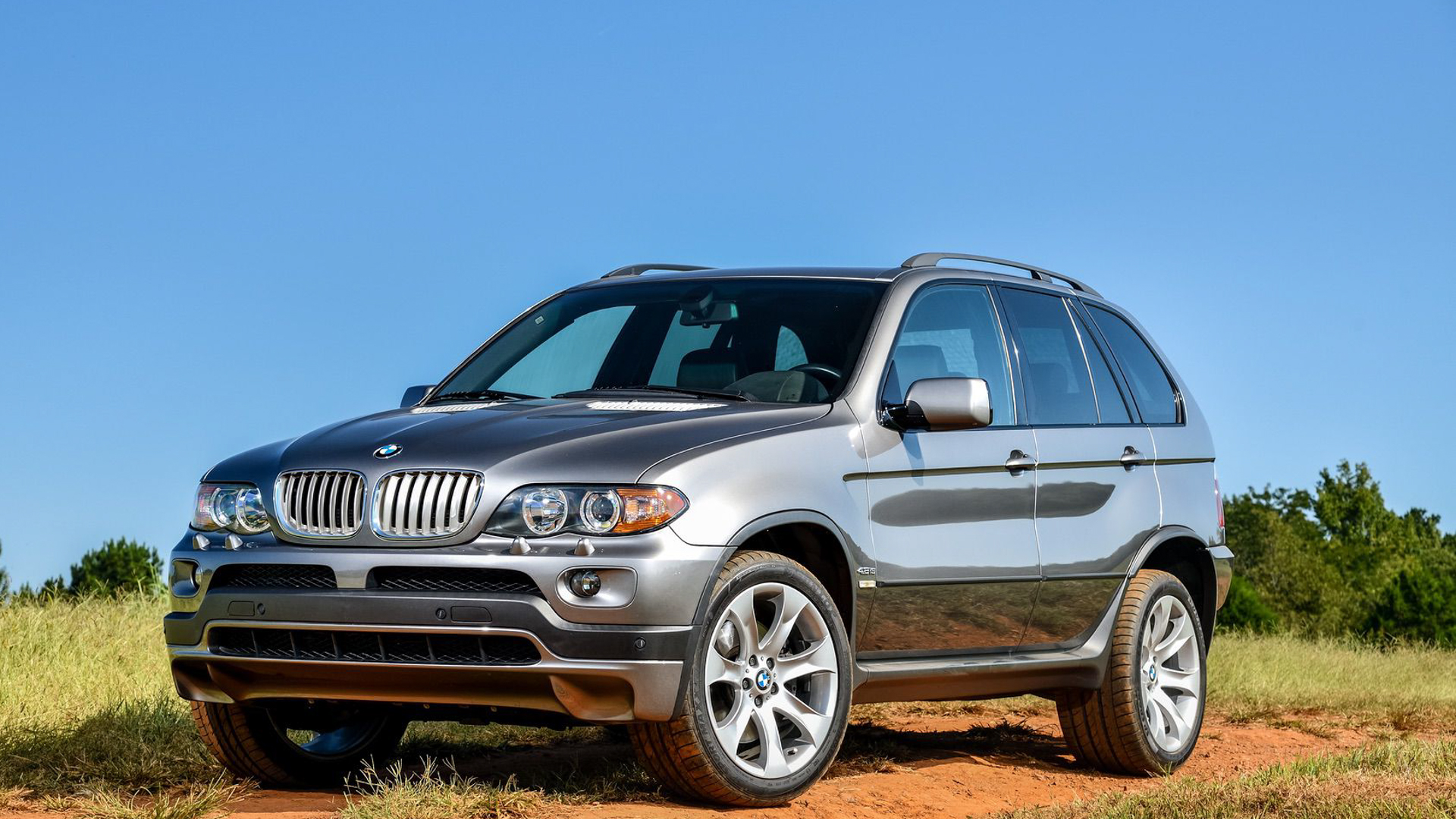 2019 BMW X5 xDrive40i E53 X5 Comparison 2 of 2