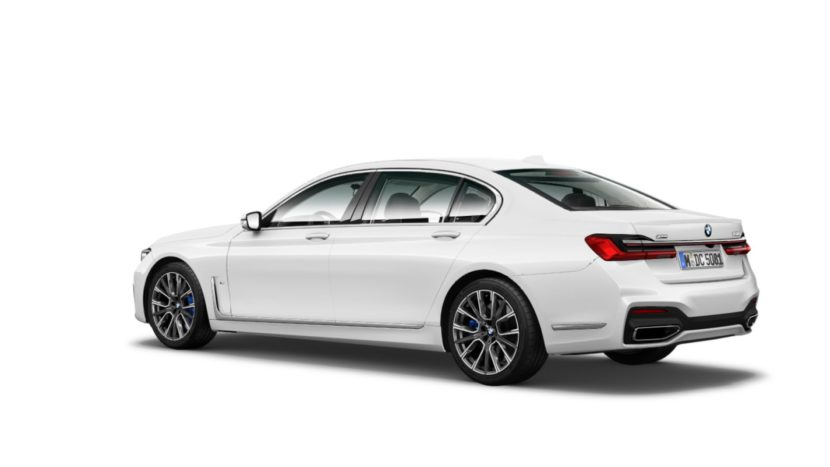 Here It Is The Bmw 7 Series Facelift Front Rear Side Views