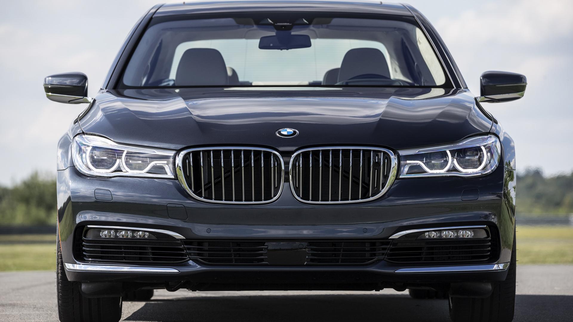 BMW 7 Series LCI vs Pre LCI 8 of 14