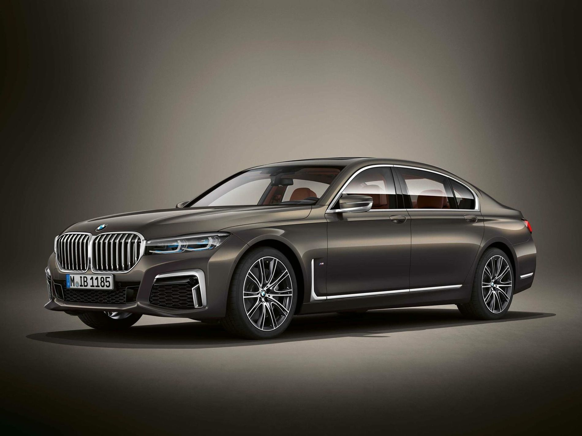 BMW Individual 7 Series Facelift 02