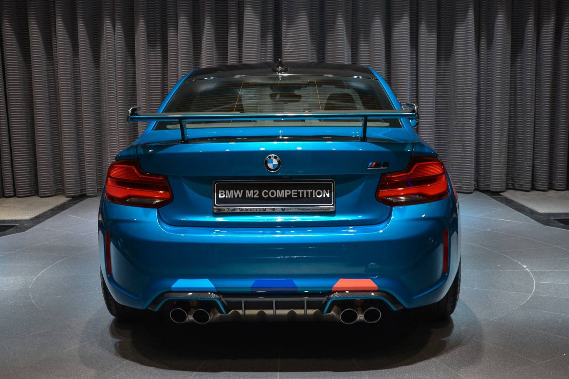 bmw m2 competition gets fully decked out in abu dhabi. Black Bedroom Furniture Sets. Home Design Ideas