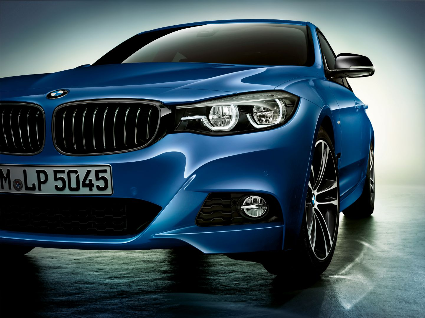 Five Things to Know About Upcoming 4 Series -- Reveal Date and More