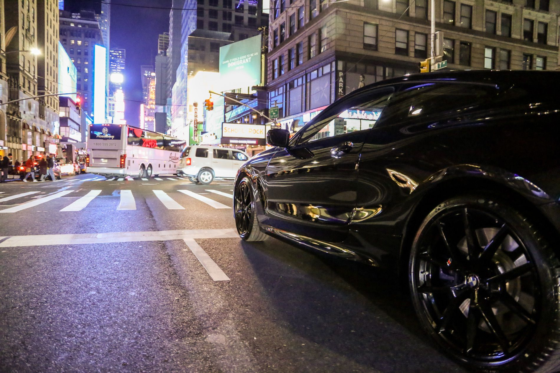 Bmw M850i Coupe Shines In A New York City Photoshoot