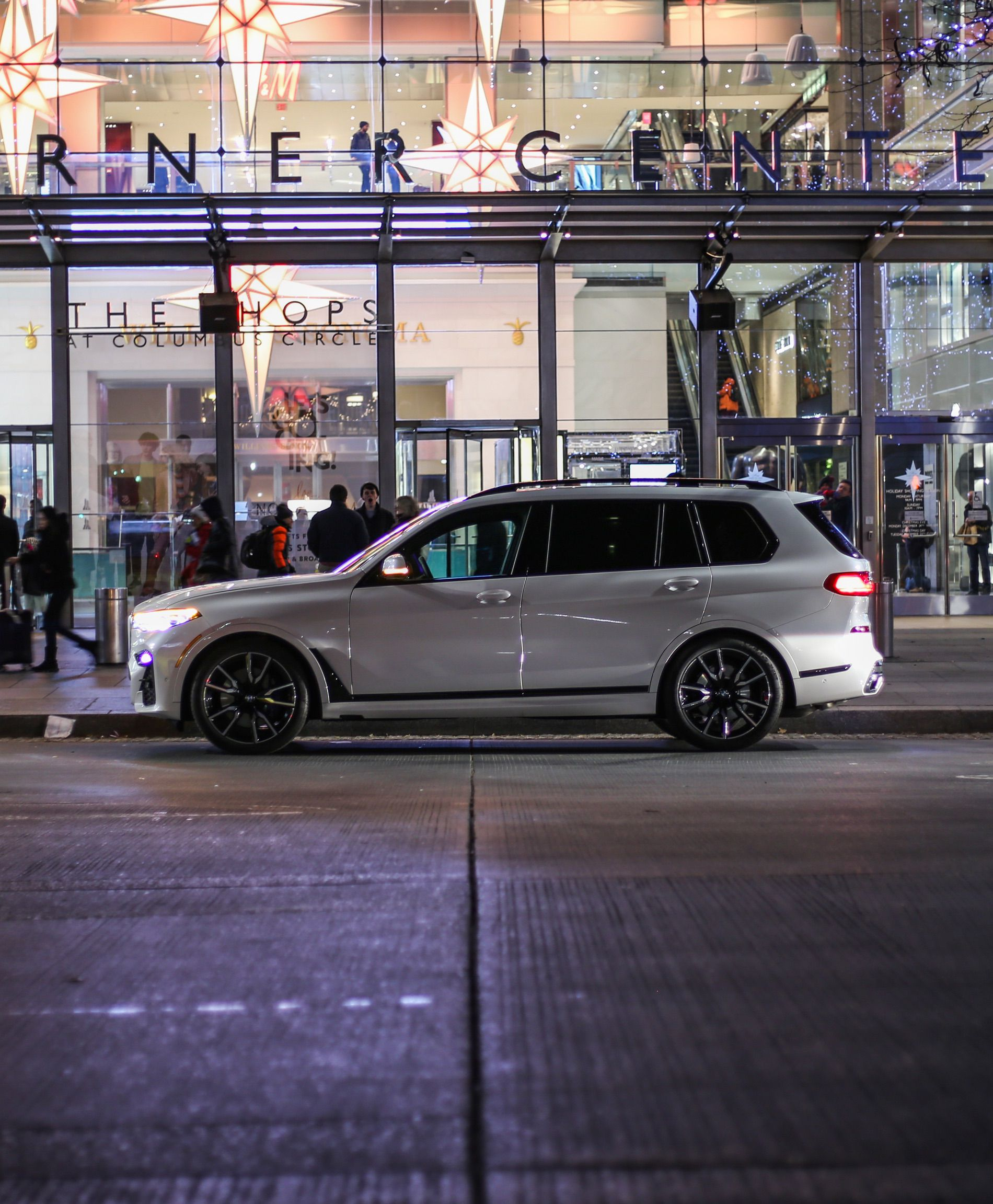 Bmw X7 Interior: Photoshoot With The BMW X7 In New York City