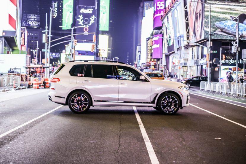BMW X7 NYC 40 830x553