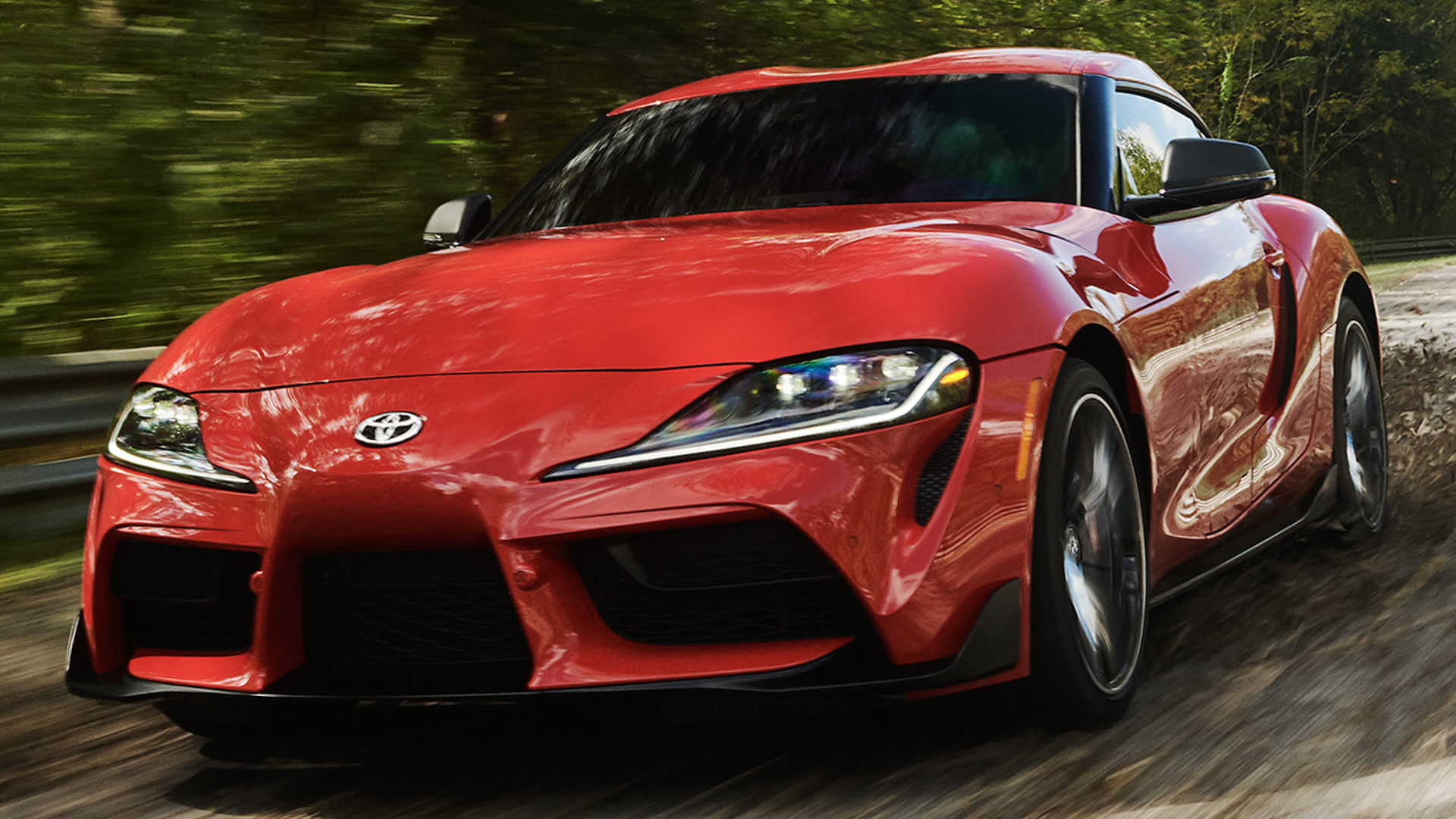BMW Z4 M40i vs Toyota Supra 10 of 18