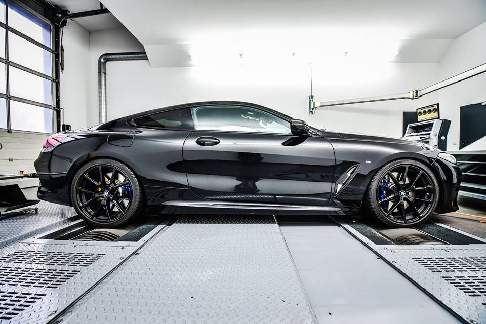 Speed-Buster gives 635 horsepower to the BMW M850i