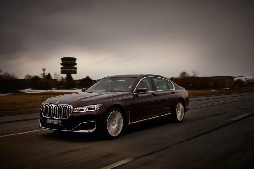 2019 BMW 745e 10 830x553