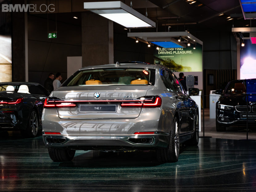 2019 BMW 750i Welt 4 830x623