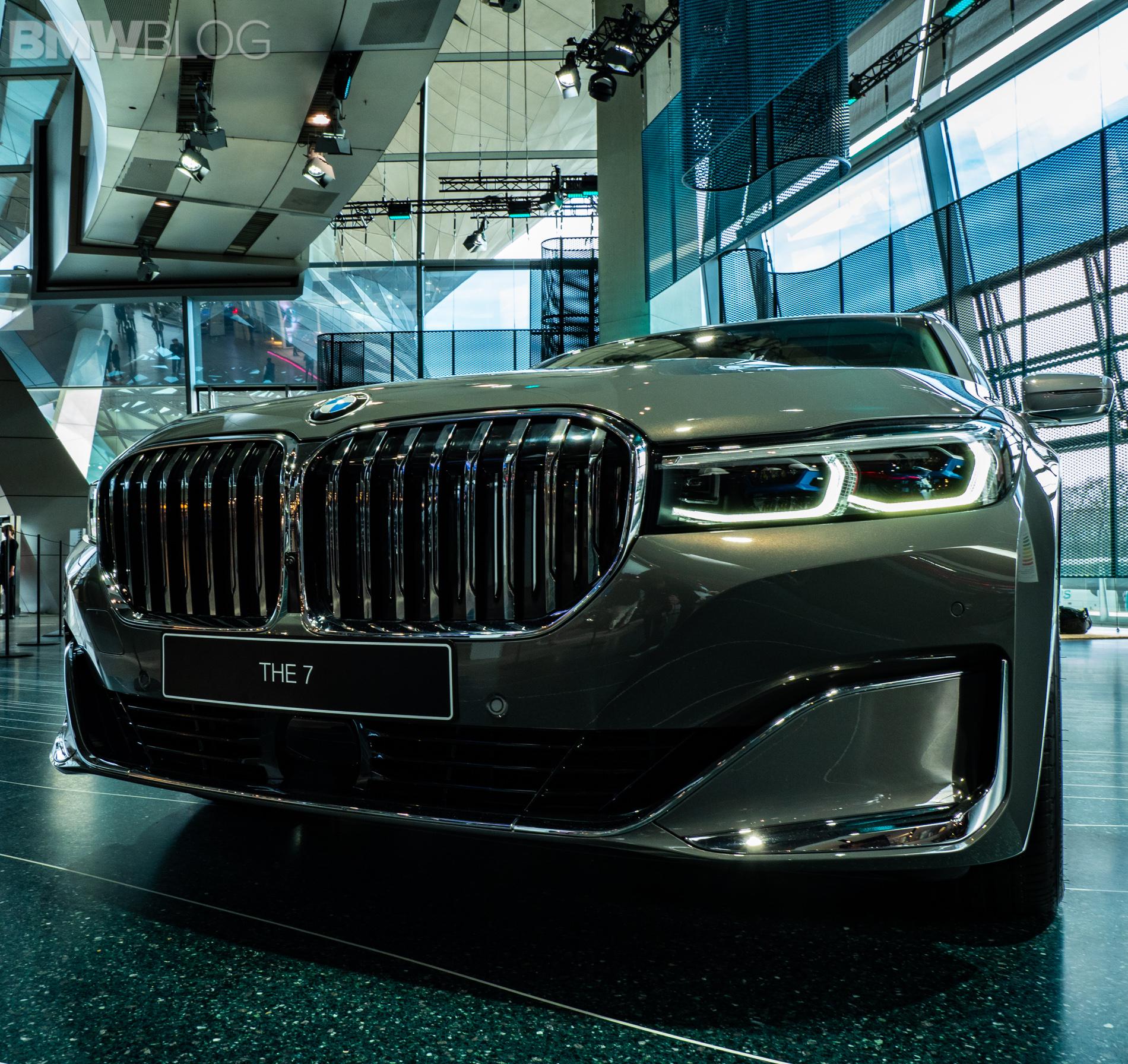 2019 BMW 750i Facelift Live From BMW Welt