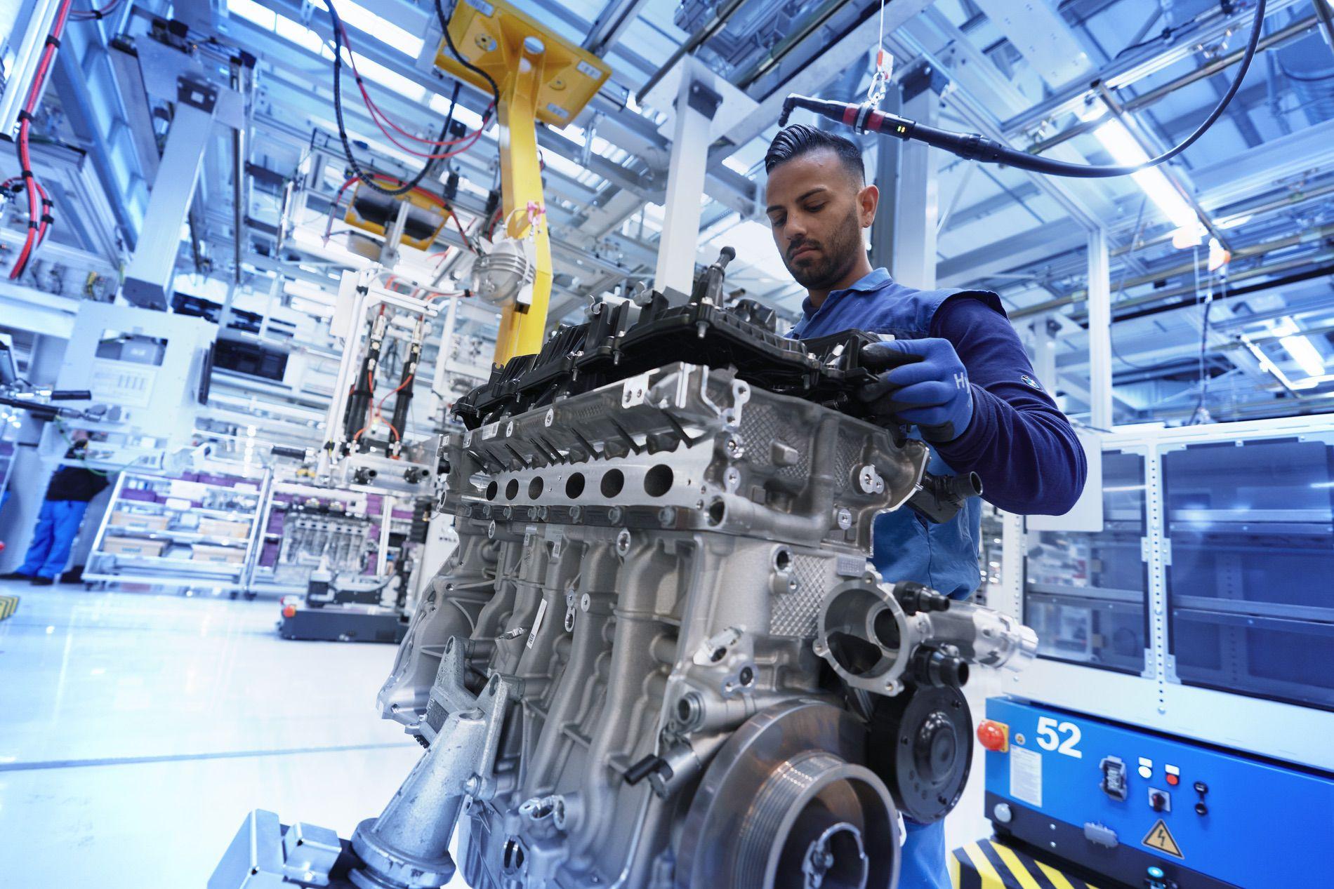 BMW S58 engine 04