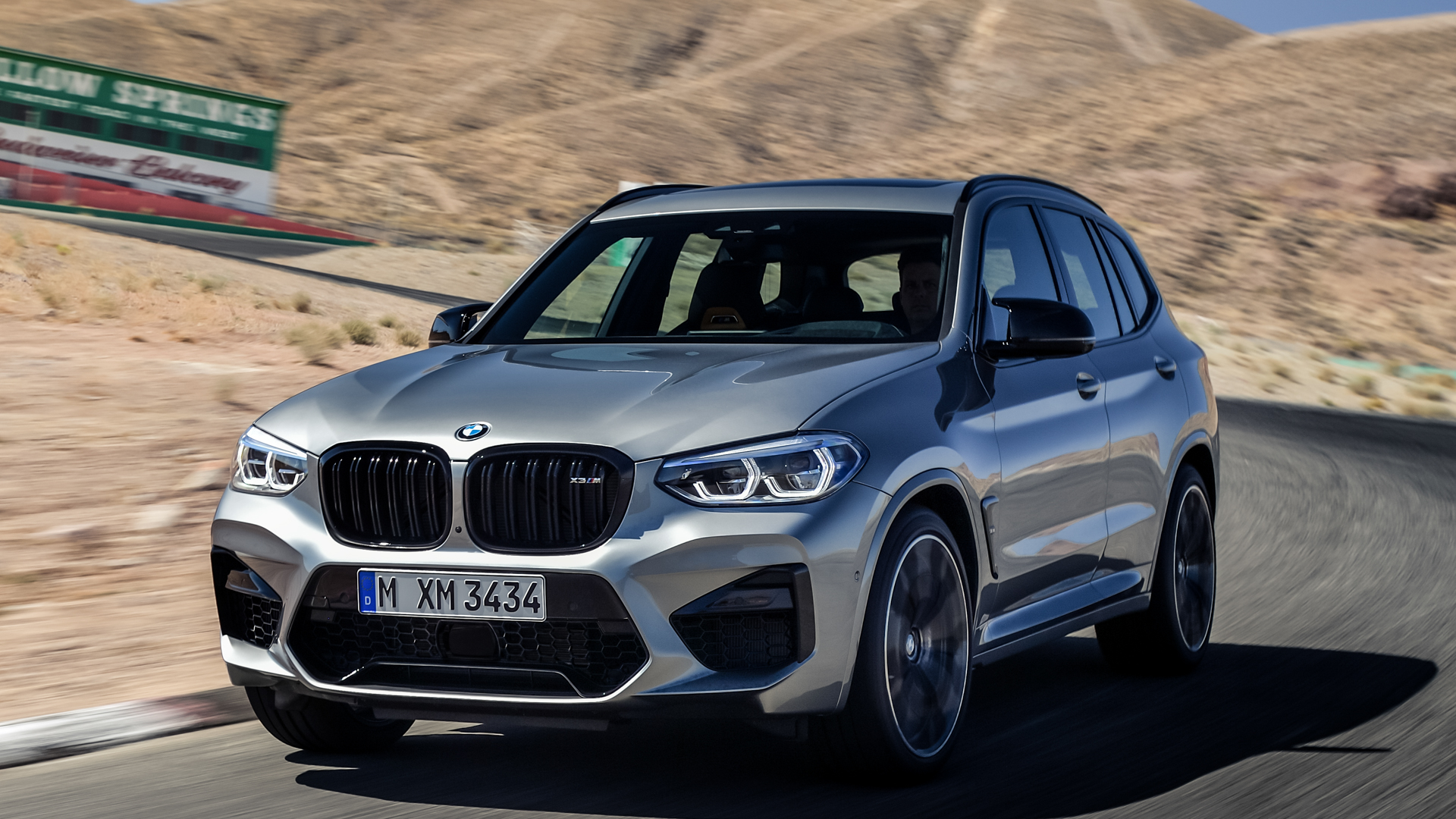 Photo Comparison: BMW X3 M Competition vs Alfa Romeo Stelvio Quadrifoglio