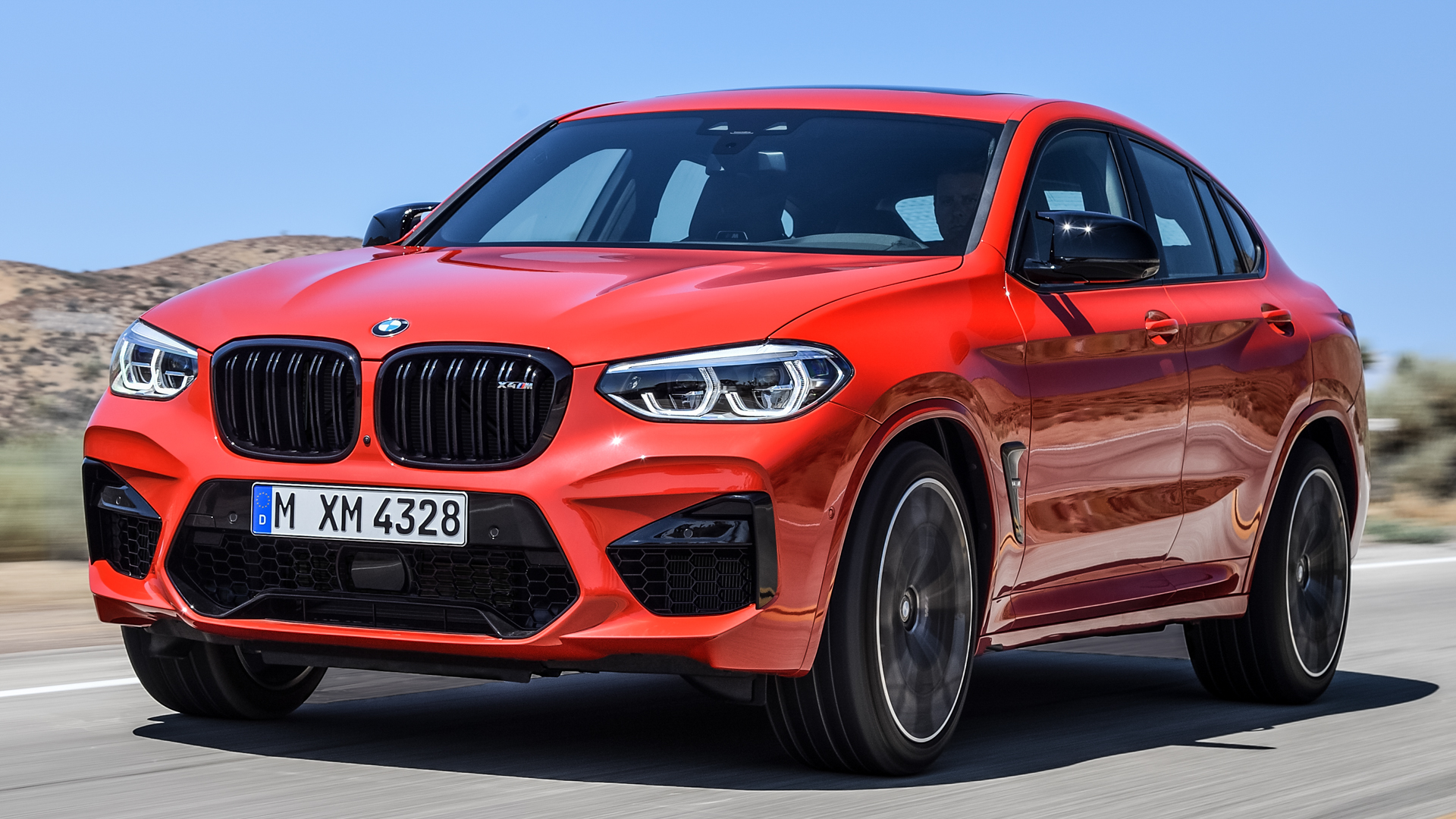 BMW X4 M Competition vs Mercedes AMG GLC63 S 10 of 11