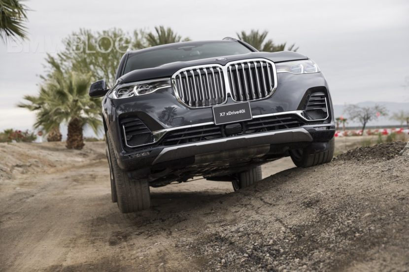 BMW X7 off road