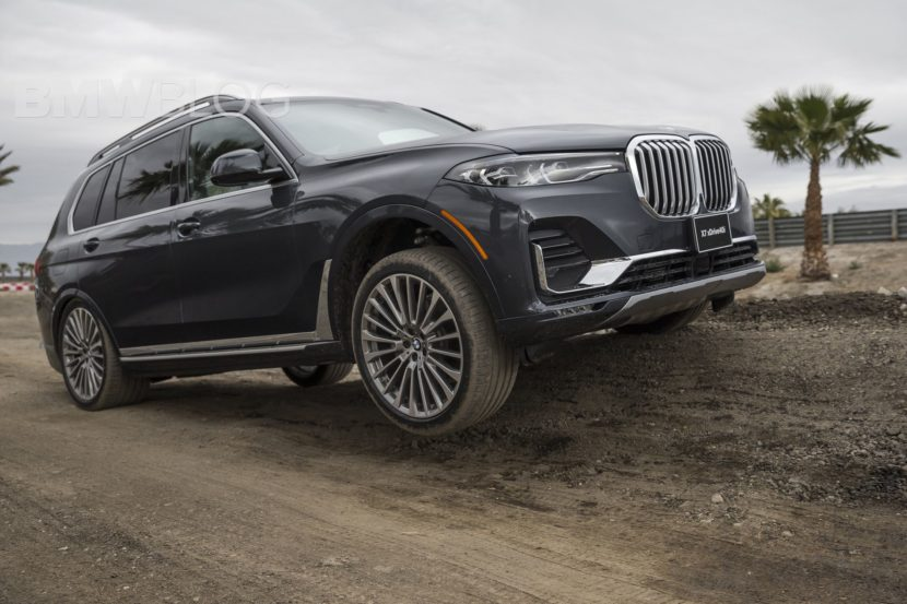 BMW X7 off road 04 830x553