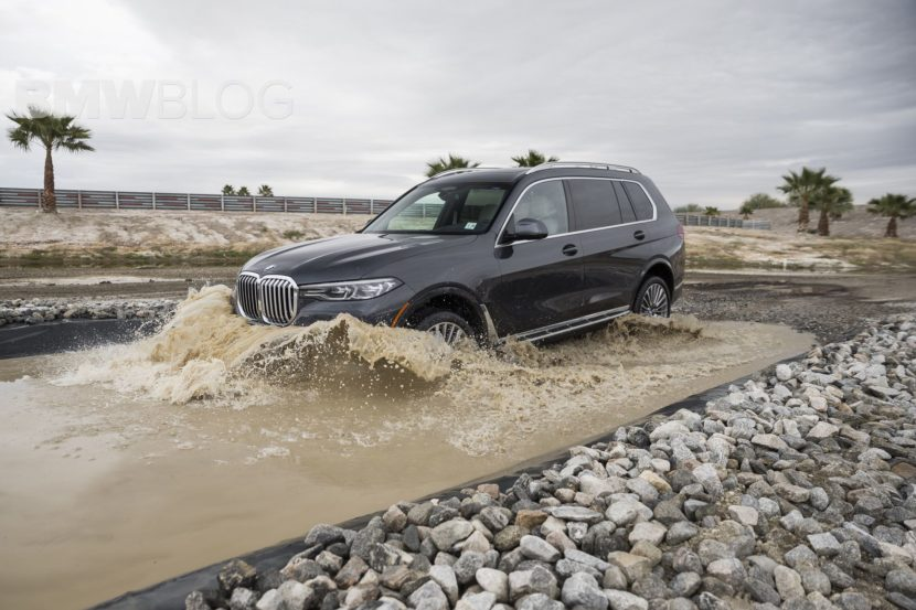 BMW X7 off road 19 830x553