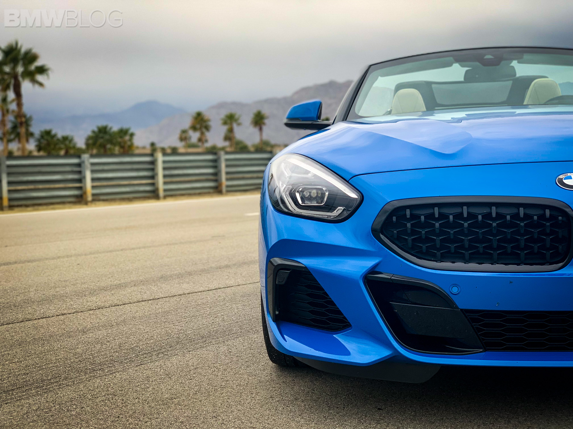 2019 Bmw Z4 Looks Awesome In Misano Blue