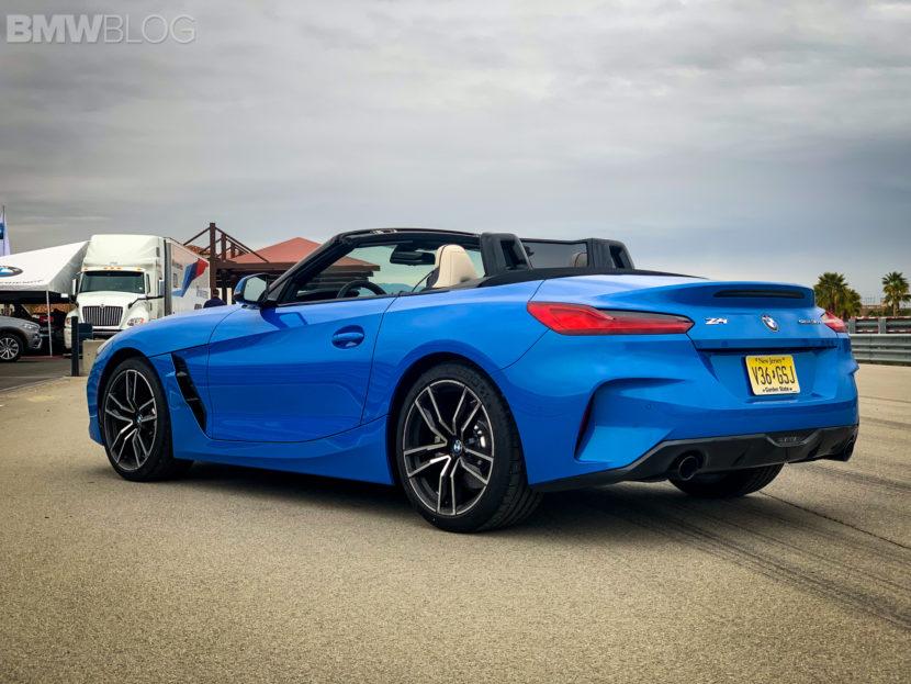 BMW Z4 Misano Blue 3 830x623