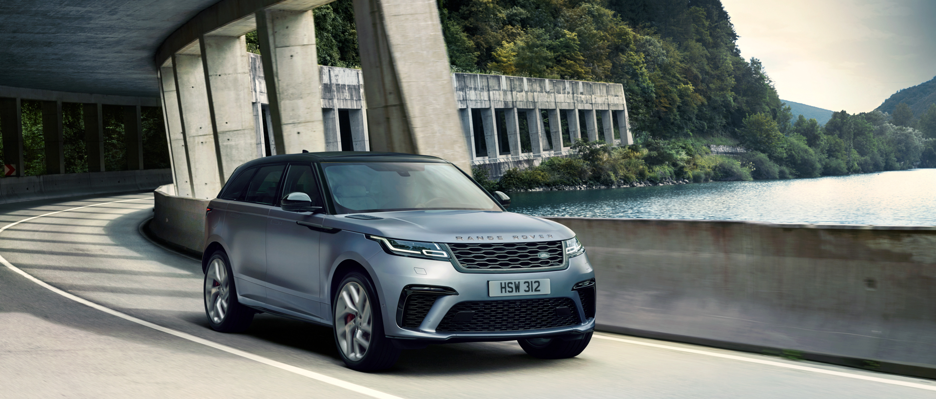 Range Rover Velar SVAutobiography 2 of 4